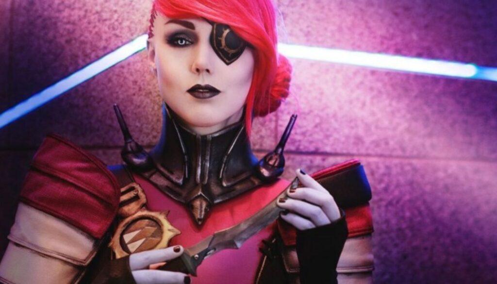 petra_venj_cosplay.jpg